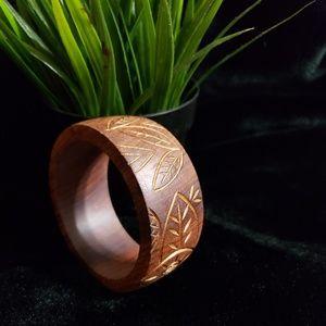 Jewelry - Wooden bracelet